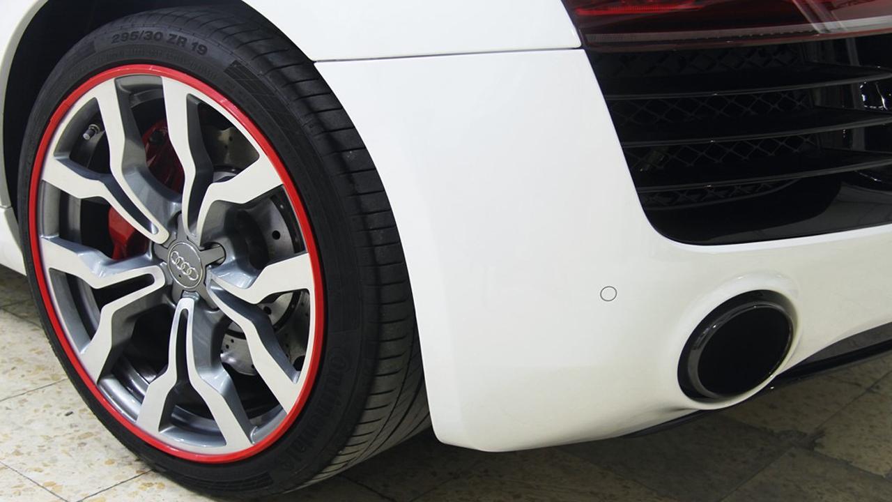 Professional AlloyGator installations - Audi R8